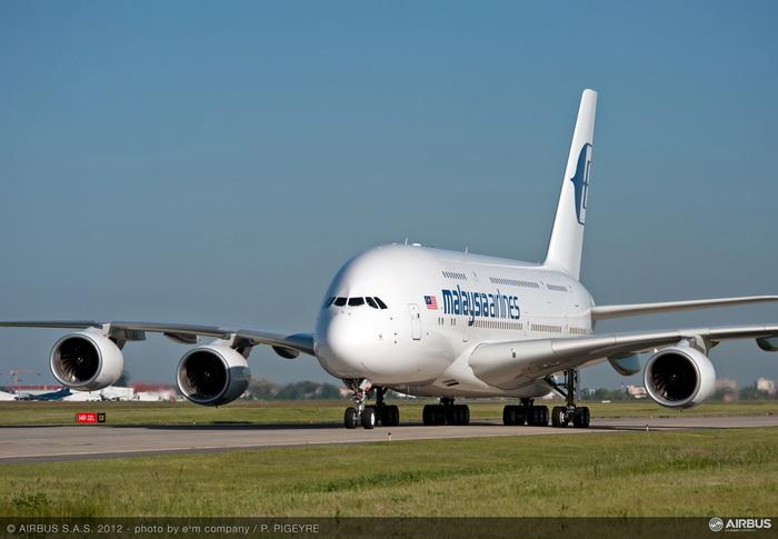 A380_MAS_taxiing.jpg