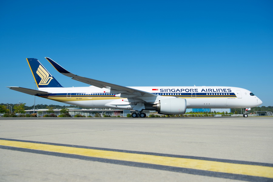 A350-900-Ultra-Long-Range-Singapore-Airlines-MSN220-delivery-001.jpg